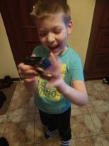 Adasia interesują urządzenia. W ostatnim czasie lubi bawić się aparatem